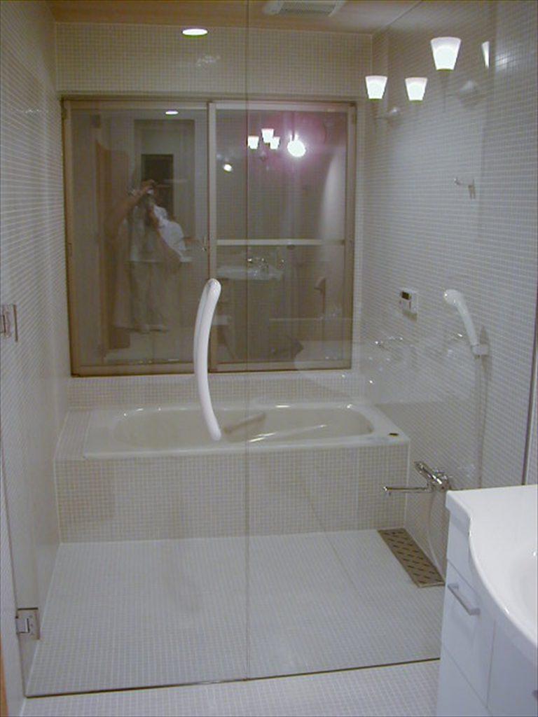 ガラス貼り風呂